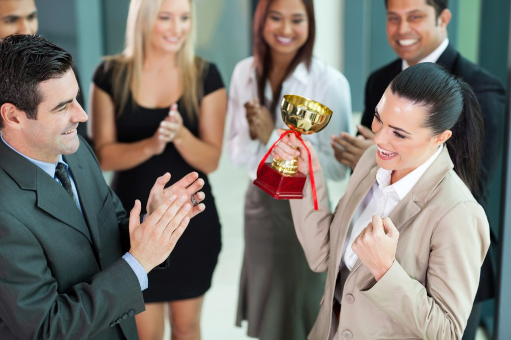 経営戦略 的に考えると営業マンは数字が人格と言えるのか?