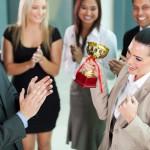 売上の数字は本当に営業マンの実力を示すのか?