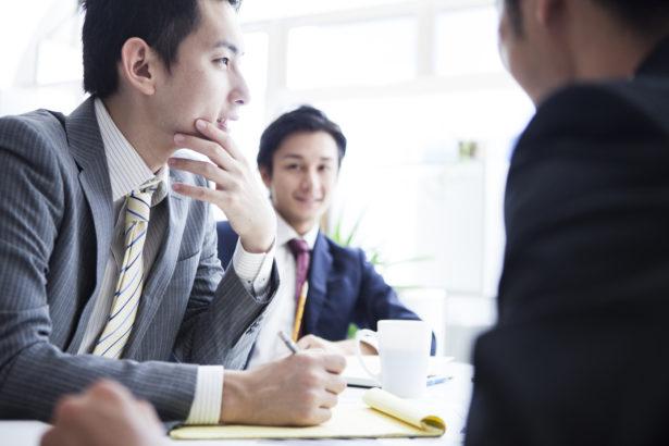 社内コミュニケーション を成功させるカギは情報の非対称を解消することだ